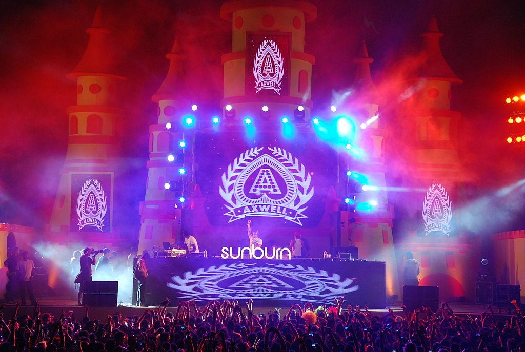 http://en.wikipedia.org/wiki/Sunburn_Festival#mediaviewer/File:Sunburnfestivalstage.JPG