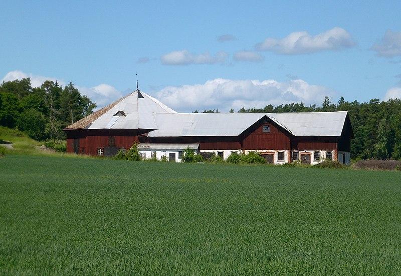 Svartsjö kungsgård 2013a.jpg