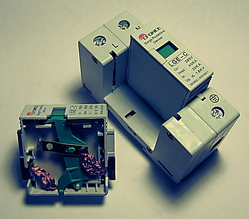 SwitchboardSurgeProtector-40kA-DinRail