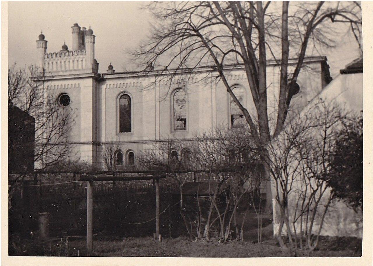 Synagogue in Česká Lípa.jpg