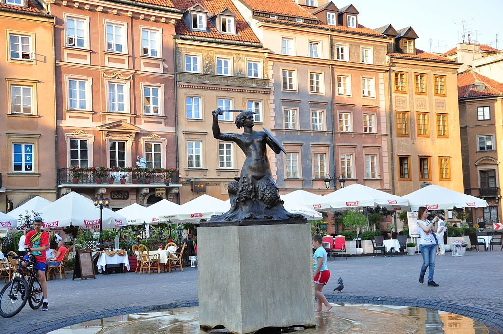 Syrena (mermaid) in the old town Market Square in Warsaw