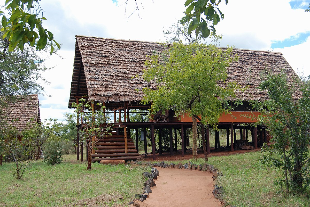 Safari Lodge Wikipedia