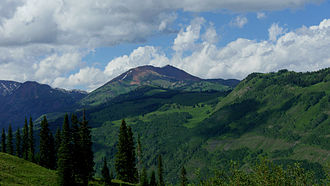 Crested Butte, Colorado - Surrounding mountains