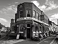 The Griffin pub, Brentford, October 2018.jpg