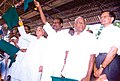 The Union Minister of Railways Shri.Lalu Prasad flagging off the newly introduced Madurai - Hazarat Nizzamudin Tamil Nadu Sampark Kranti Express at Madurai in Tamil Nadu on September 19, 2004.jpg