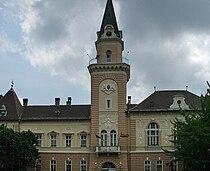 Town hall, Kikinda, Serbia (2004).jpg