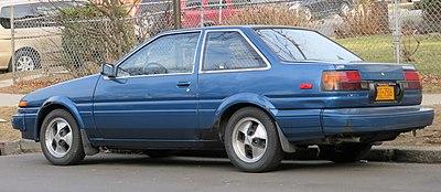 400px-Toyota_Corolla_SR5_rear_1.27.18.jpg