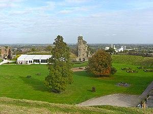 English: Tutbury Castle, view across the Chape...