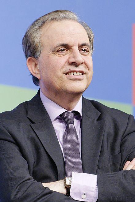 https://upload.wikimedia.org/wikipedia/commons/thumb/a/ab/UMP_regional_elections_IlM_2010-02-18_n10.jpg/440px-UMP_regional_elections_IlM_2010-02-18_n10.jpg