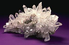 Alcuni anni fa, sul ghiacciaio del Miage, è stato fatto un ritrovamento di bellissime druse di cristalli.