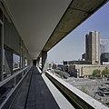 Uitzicht vanaf de loggia op de Coolsingel en omgeving - Rotterdam - 20398765 - RCE.jpg