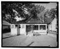VIEW OF NORTH FRONT - 930 Oak Street (House), Waycross, Ware County, GA HABS GA-2224-2.tif