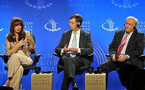 Español: Cristina Fernández, junto al titular ...