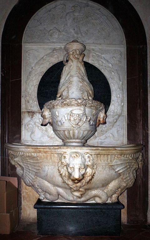 File:Verrocchio, lavabo della sagrestia vecchia, 01.jpg ...