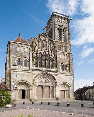 Vézelay Abbey - The abbey church in Vézelay