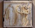 Victoire faisant une libation à Diane et Apollon, musée du Louvre, MR 869.JPG