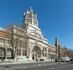 Victoria & Albert Museum Entrance, London, UK - Diliff