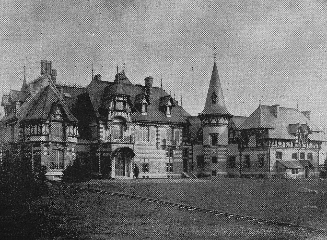 Datei villa von rothschild um 1900 xviii 1689 bild 18 for Ohrensessel um 1900