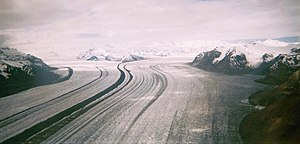 English: Nabesna Glacier, Wrangell-St. Elias N...