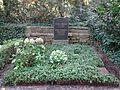 Waldfriedhof dahlem ehrengrab Schreker, Franz.jpg