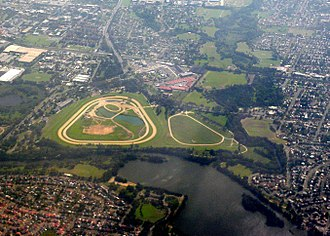 Warwick Farm Racecourse - Image: Warwick Farm Racecourse, Sydney, 2009 03 06