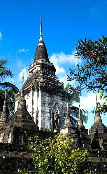 File:Wat Khao Noi.jpg