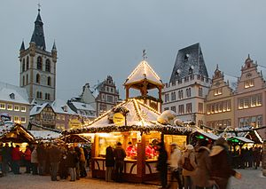 English: Christmas market in Trier, Germany De...