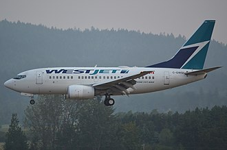 WestJet - WestJet Boeing 737-600 landing in Victoria