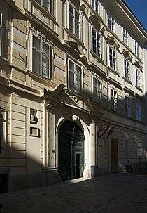 Wiener Neustädter Hof 2.jpg