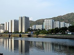 Yau Oi Estate 201207.jpg