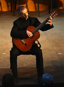 Yves Lafontaine, charity concert for the victims of the 2011 earthquake in Japan at the auditorium of the Chamber of Commerce of Cremona in Italy.jpg
