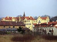 Zamek Jirny2.jpg