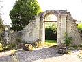 Épinonville Vestiges de l'église Saint-Nicolas d'Ivoiry.JPG