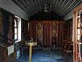 Το εσωτερικό από το εκκλησάκι της Μονής.jpg