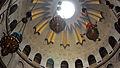 מנורות בכנסיית הקבר.JPG