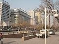 石家庄火车站广场旁边的过街地道 - panoramio.jpg