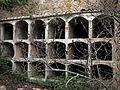 047 Cementiri abandonat de Marmellar, rere l'església, nínxols.JPG