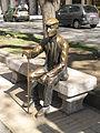 073 L'avi Virgili, escultura de bronze a la Rambla Nova.jpg