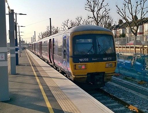 165132 at West Ealing