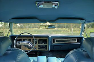 Lincoln Continental Mark IV - Image: 1976 Lincoln Continental Mark IV Givenchy designer series (interior)