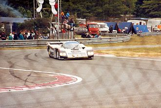 1986 24 Hours of Le Mans - Derek Bell in the victorious Porsche 962C passing through the Ford chicane near the end of the race