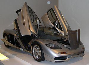Butterfly doors - 1996 McLaren F1 with butterfly doors
