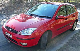 2003 Ford Focus (LR MY03) CL 5-door hatchback (2009-07-17) 01.jpg