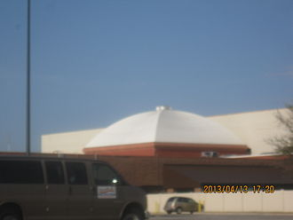 Fabric structure - Image: 2013 04 13 eastgate 002