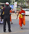 201401010908c (Hartmann Linge) Sukhothai Ratchathanee Monks.jpg