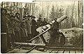 305-мм гаубица обр.1915г. на огневой позиции.jpg
