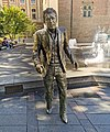 31 - Toulouse - Square Charles-de-Gaulle - Statue de Claude Nougaro - Sébastien Langloÿs.jpg