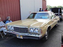 74 Chrysler Newport (6087880822).jpg