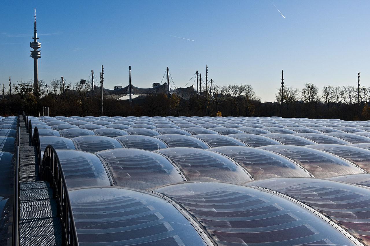 File Awm Munich Etfe Cushions Photovoltaic Jpg Wikimedia