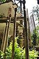 A buidling in Las Pozas (8047919371).jpg